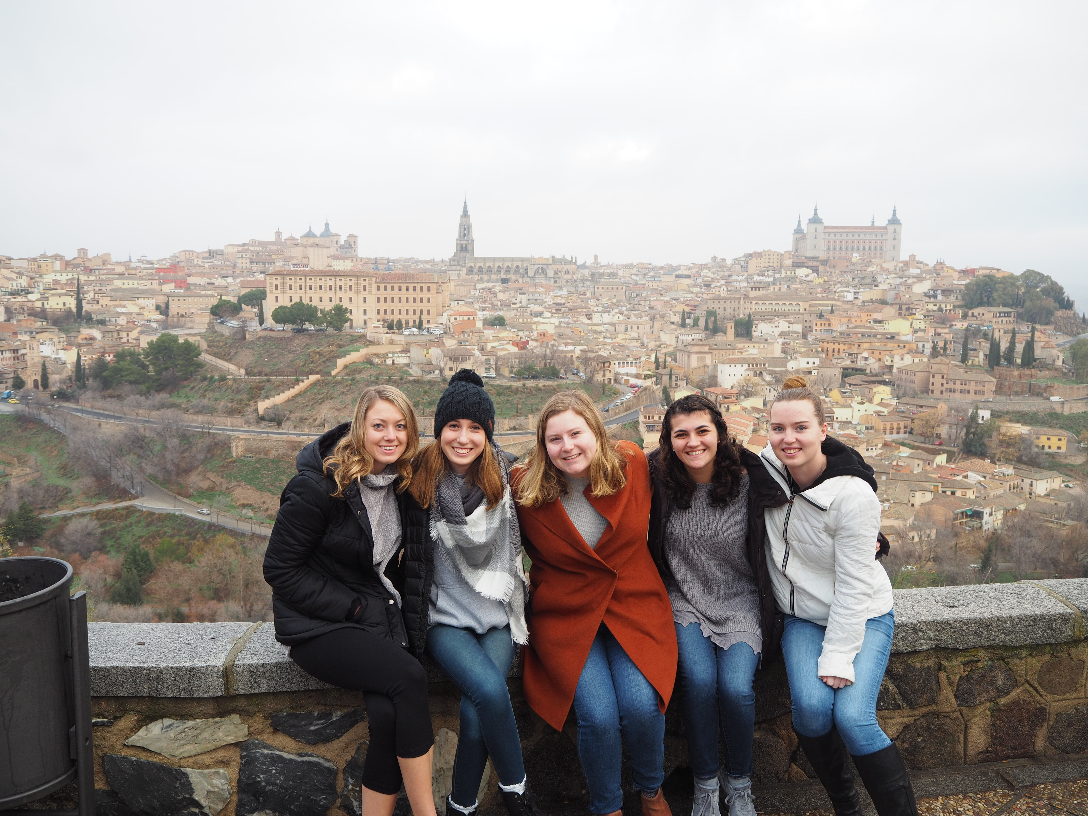 UD student teachers site seeing in Spain.