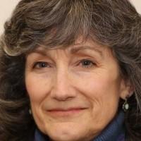 Laura Eisenman headshot
