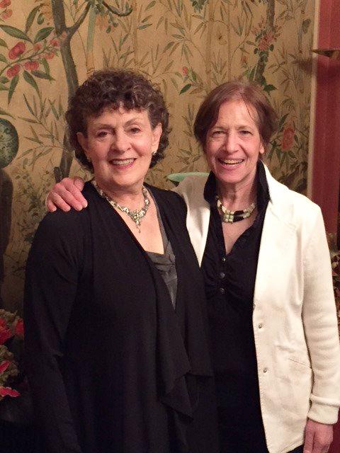 Roberta Golinkoff and Kathy Hirsh receive AERA award